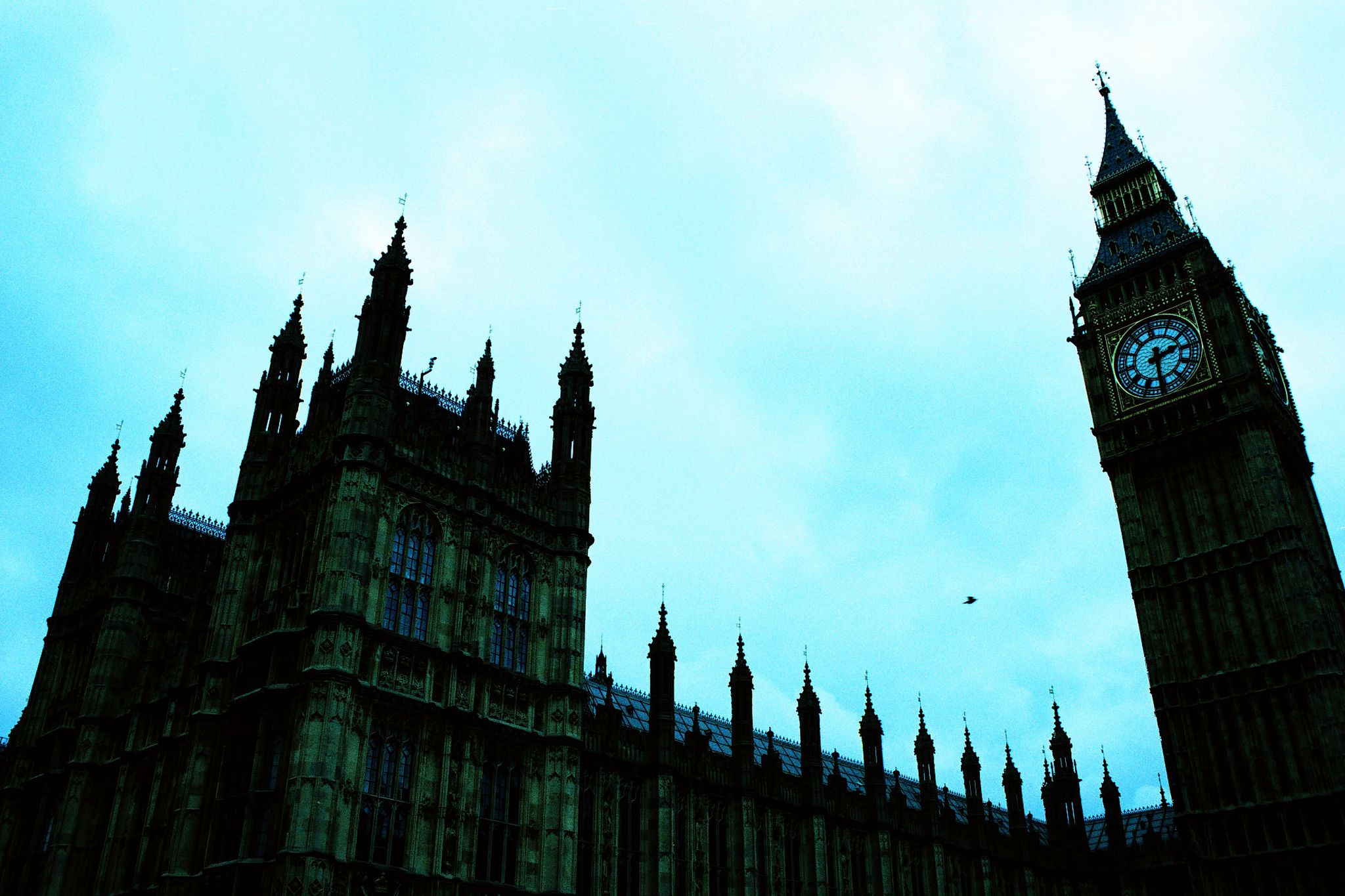 Houses of Parliament looming overhead with Big Ben